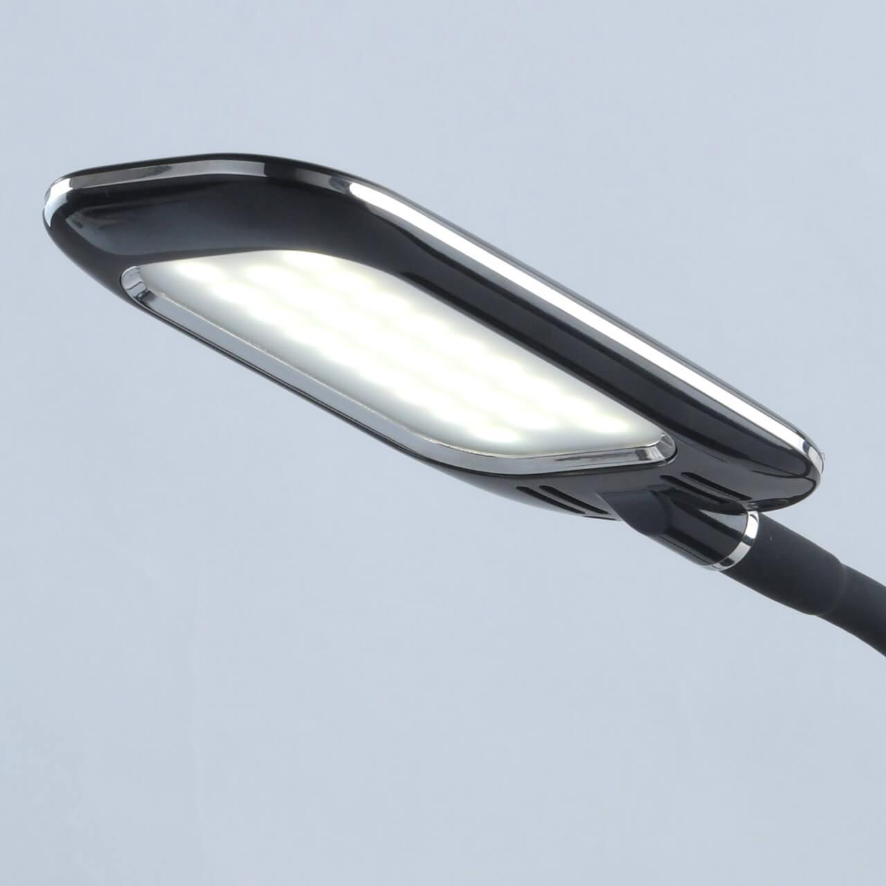 Настольная лампа De Markt Ракурс 631035301 настольная лампа de markt крайс 657030301