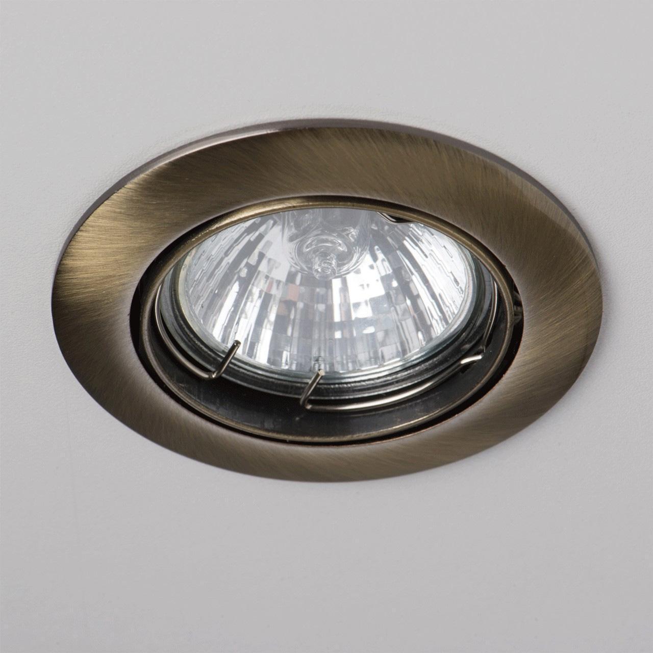 Фото - Встраиваемый светильник De Markt Круз 637010301 cветильник галогенный de fran встраиваемый 1х50вт mr16 ip20 зел античное золото