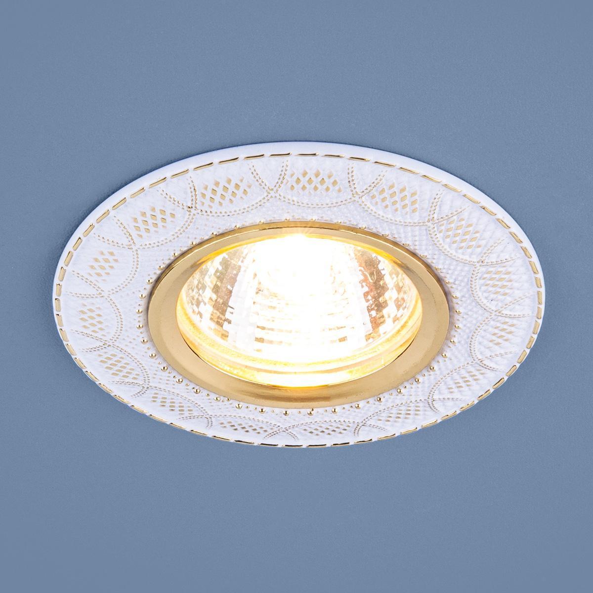 Встраиваемый светильник Elektrostandard 7010 MR16 WH/GD белый/золото 4690389099250 светильник встраиваемый акцент 16001ba жемчужное золото золото