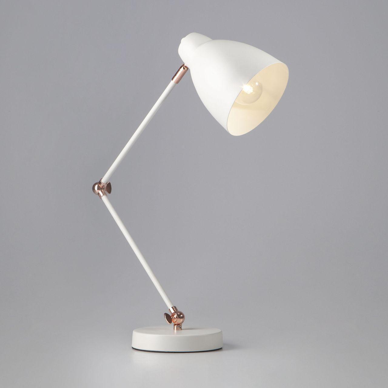 Настольная лампа Eurosvet Loft 01024/1 белый лампа настольная евросвет 01024 1 белый