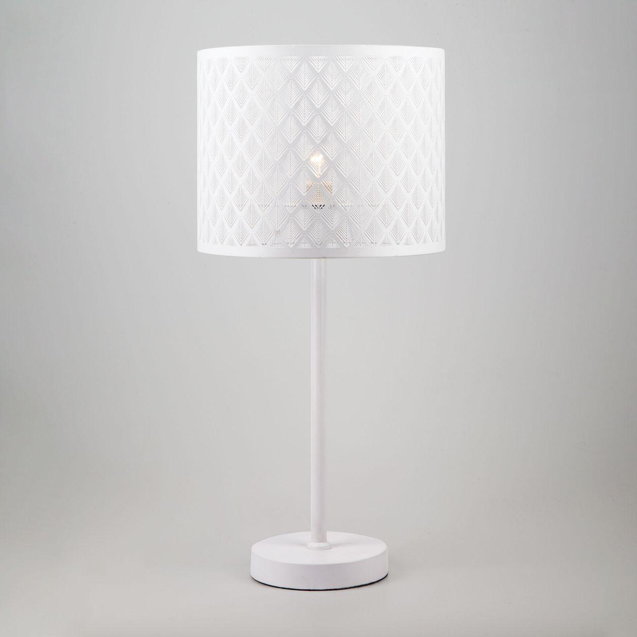 Настольная лампа Eurosvet Snowy 01018/1 белый snowy