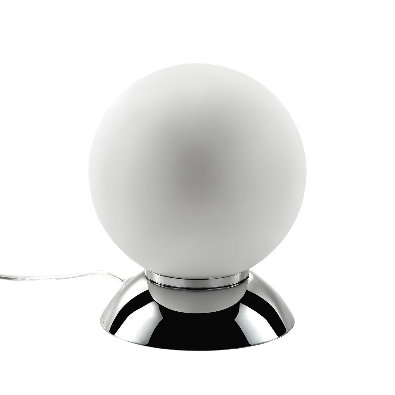 Настольная лампа Lightstar Globo 813914 lightstar 813914 mt5092 1cr настольная лампа globo 1х40w e14 chrome white шт
