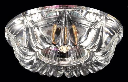 купить Встраиваемый светильник Novotech Arctica 369719 по цене 1320 рублей
